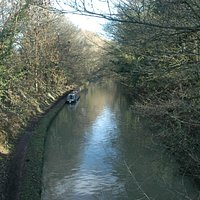 Grand Union Canal in Tring Station