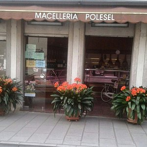 Macelleroa Salumeria Polesel. Via Umberto I° n. 1, 33085 Maniago (PN). Tel. 0427.71698