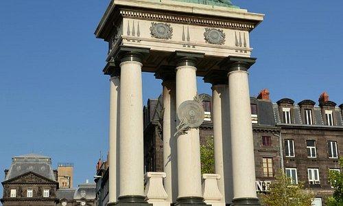 Statue de Vercingétorix sur la Place de Jaude