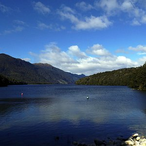 Lake Manowai, Fiordland National Park