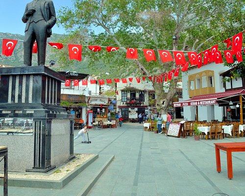 Start here next to Ataturk Statue and walk ahead