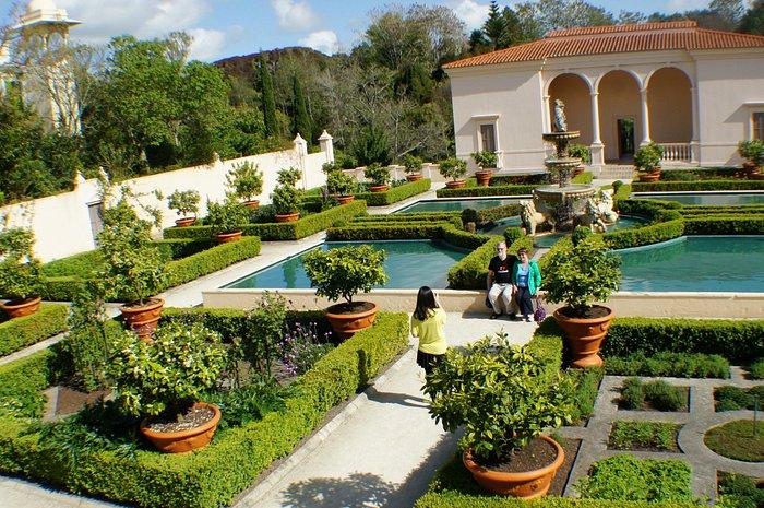 A sense of symmetry and balance in the Italian garden