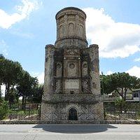 Mausoleo la Conocchia