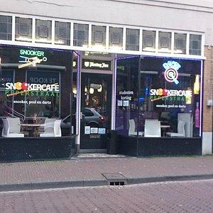 Snookercafe in de Peperstraat, Delft