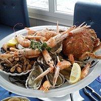 Un très beau plateau de fruits de mer