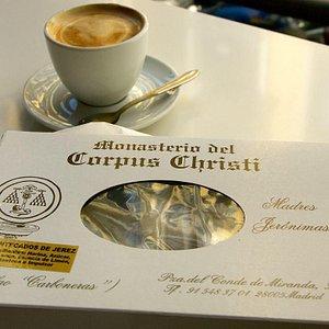 Cookies from the Monasterio del Corpus Christi - a Madrid adventure