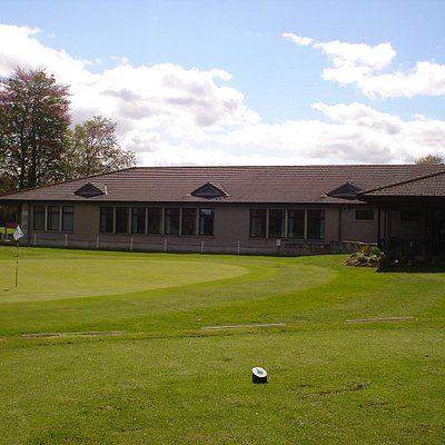 Clubhose and 18th green
