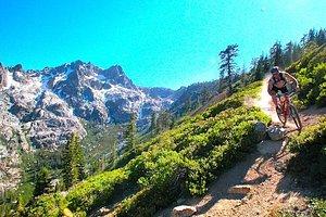 Mountain Biking Lakes Basin