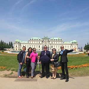 Vienna guide Peter, with friends in front of Belvedere palace