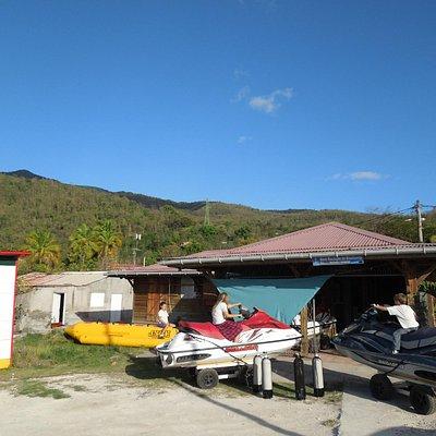 Guadeloupe Plongée Evasion , Baie de Bouillante Bourg