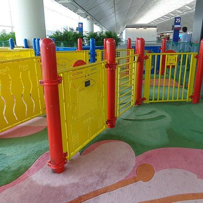 香港国際空港Children Play Areas