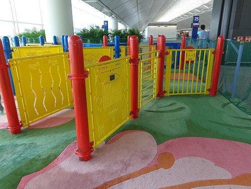 香港国際空港Children Play Areas