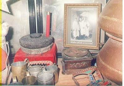 Various things used by baba in Dixit Wada Museum Shirdi