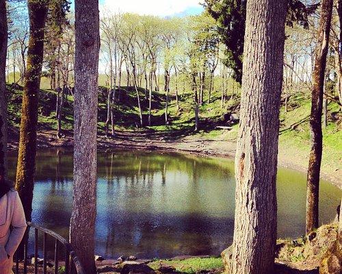 озеро в краторе от метеорита