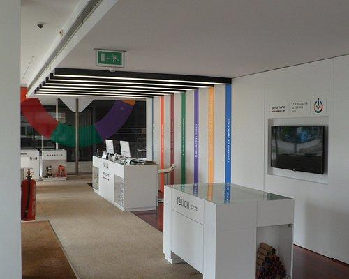 Interior Loja Interativa de Turismo da Maia