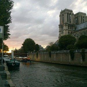 View from the quay / Vue depuis le quai