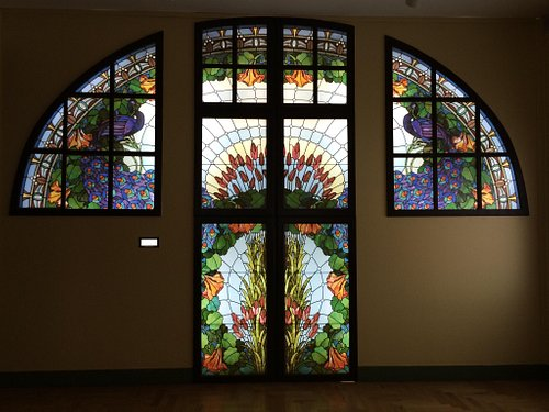 Stained glass entryway designed by Miksa Róth.
