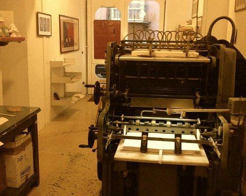 Stampa tipografica con caratteri mobili in piombo