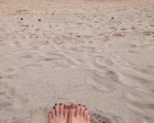 Happy feet at ocean grove beach