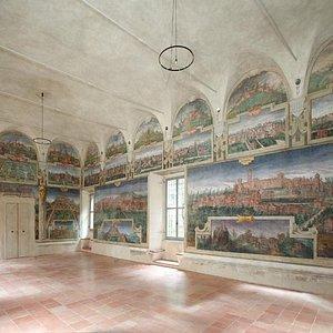 Sala delle Vedute, pittore Cesare Baglione 1593. Castello di Spezzano.