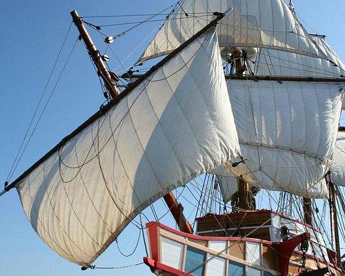 Elizabeth II at Full Sail