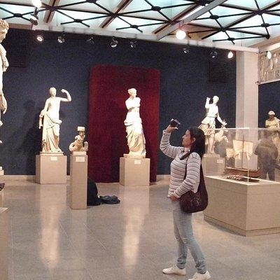 yo y las esculturas