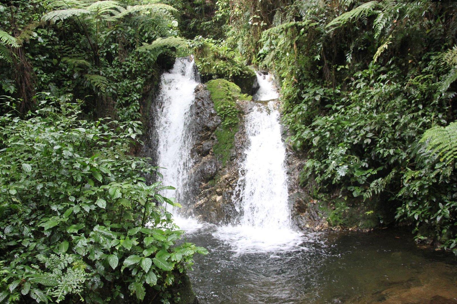 Middle Muyanga Falls