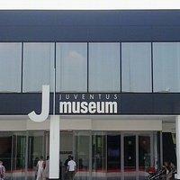 "Ingresso dello ""J Museum"""