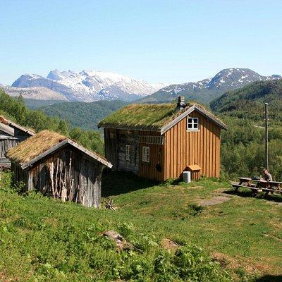 Kjelvik and the mountains beyond.