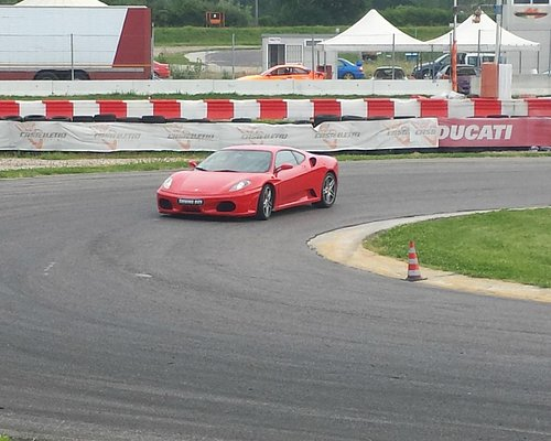 Giro su Ferrari F430