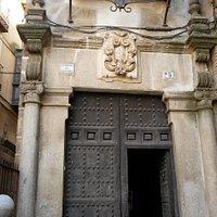 Palacio dentro del cual, se encuentra la Capilla de San José