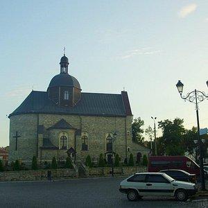 Kamianets-Podilskyi: St. Trinity Monastery at sunset