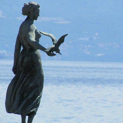 Close up of Girl with the Seagull - Opatija, Croatia