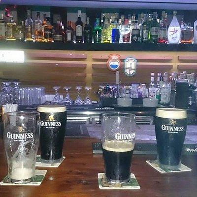 Guinness Time at Rogan's