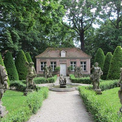 Baroque Gardens