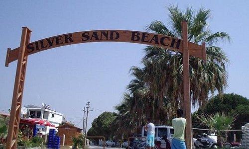 entrance to Silver Sand Beach