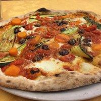 Pizza scelta con bufala e verdure scelte super !!!
