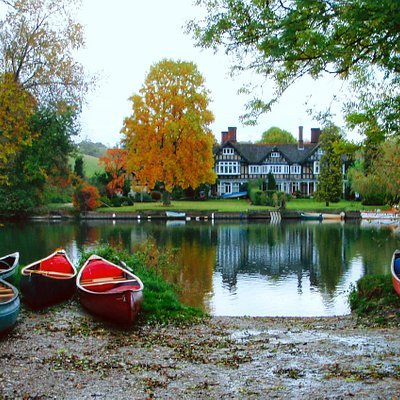 The beautiful River Thames - Best Explored by Canoe.