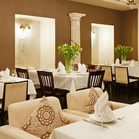 Интерьеры ресторана. Мраморный зал