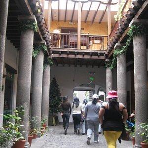 Palacio Municipal / Arzobispal