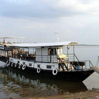 Silk cruise on Phocea boat