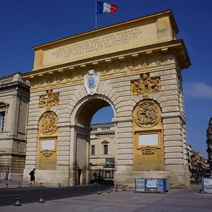Porte de Peyrou (west side)