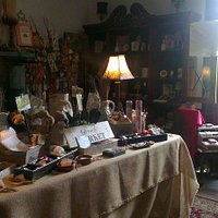 They also have a little cute vintage store