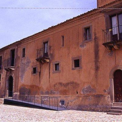 Convento dei Carmelitani Calzati - prospetto esterno