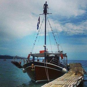 Le bateau de l'excursion