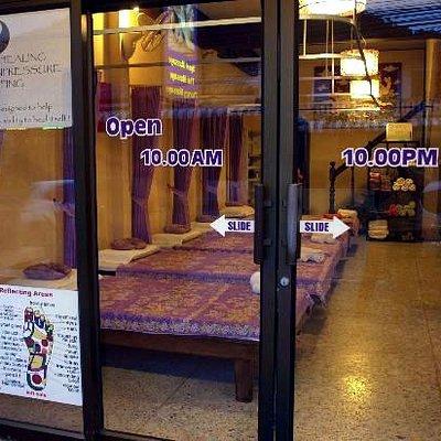 Rey Wellness Massage Entrance