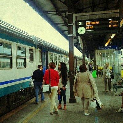 Porta Nuova di Verona con destinazione à Brenero-Bressanone.