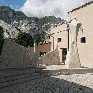 Monumento al cavatore