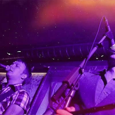 Concert in Mac Tire Pub-photos by Nikola Grull