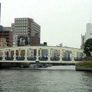 sumida-river.jpg?w=300&h=300&s=1